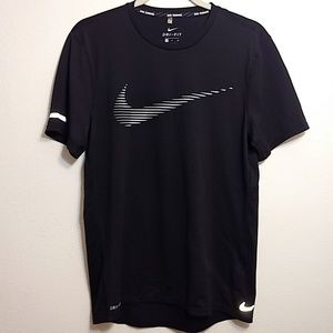 Nike Running Dri-Fit Black & White T-Shirt - S